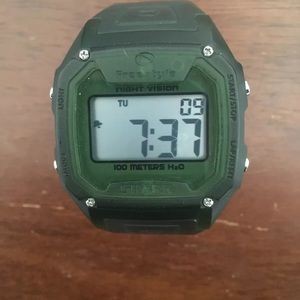 Freestyle shark classic dive watch green